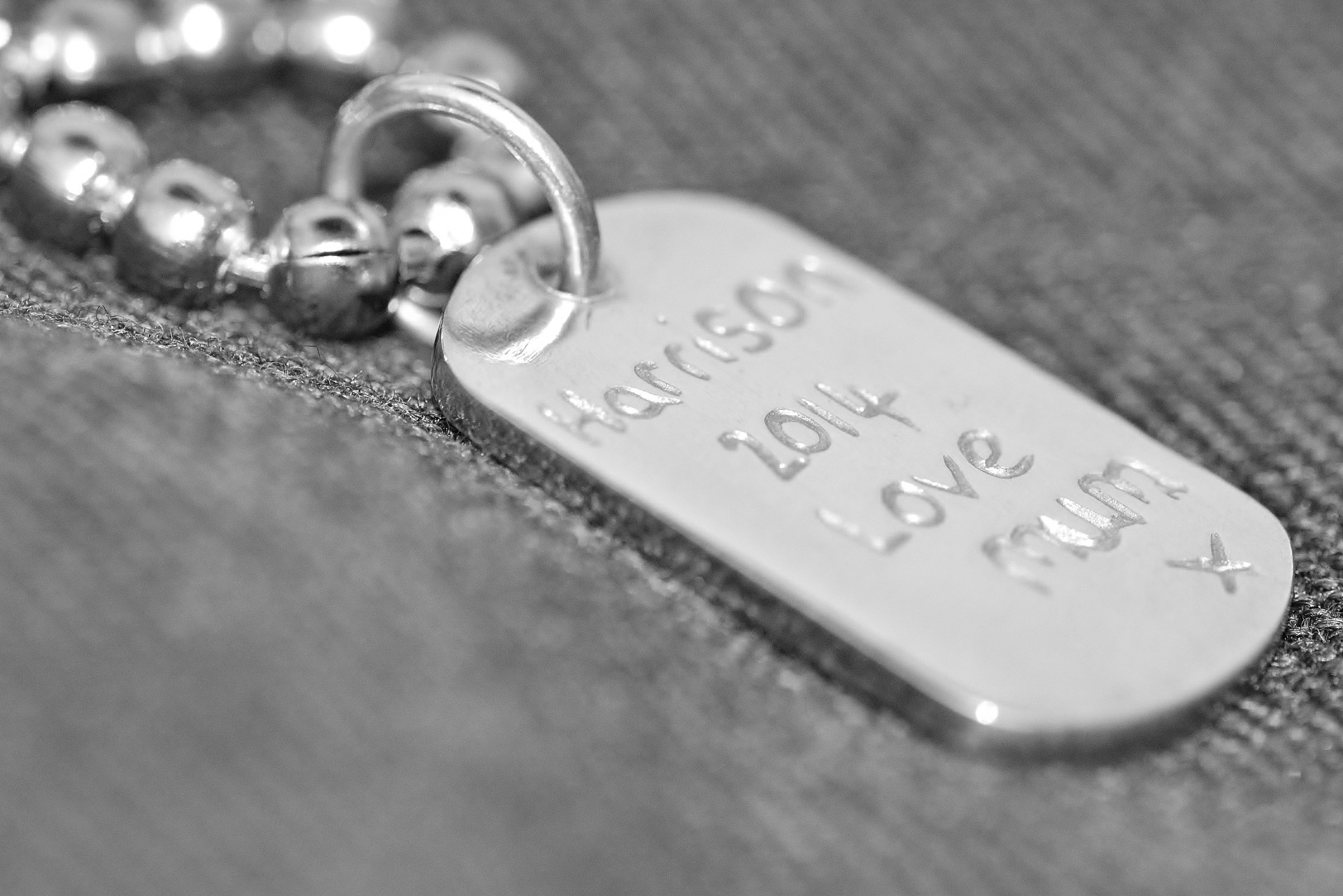 dogtag with children's names engraved