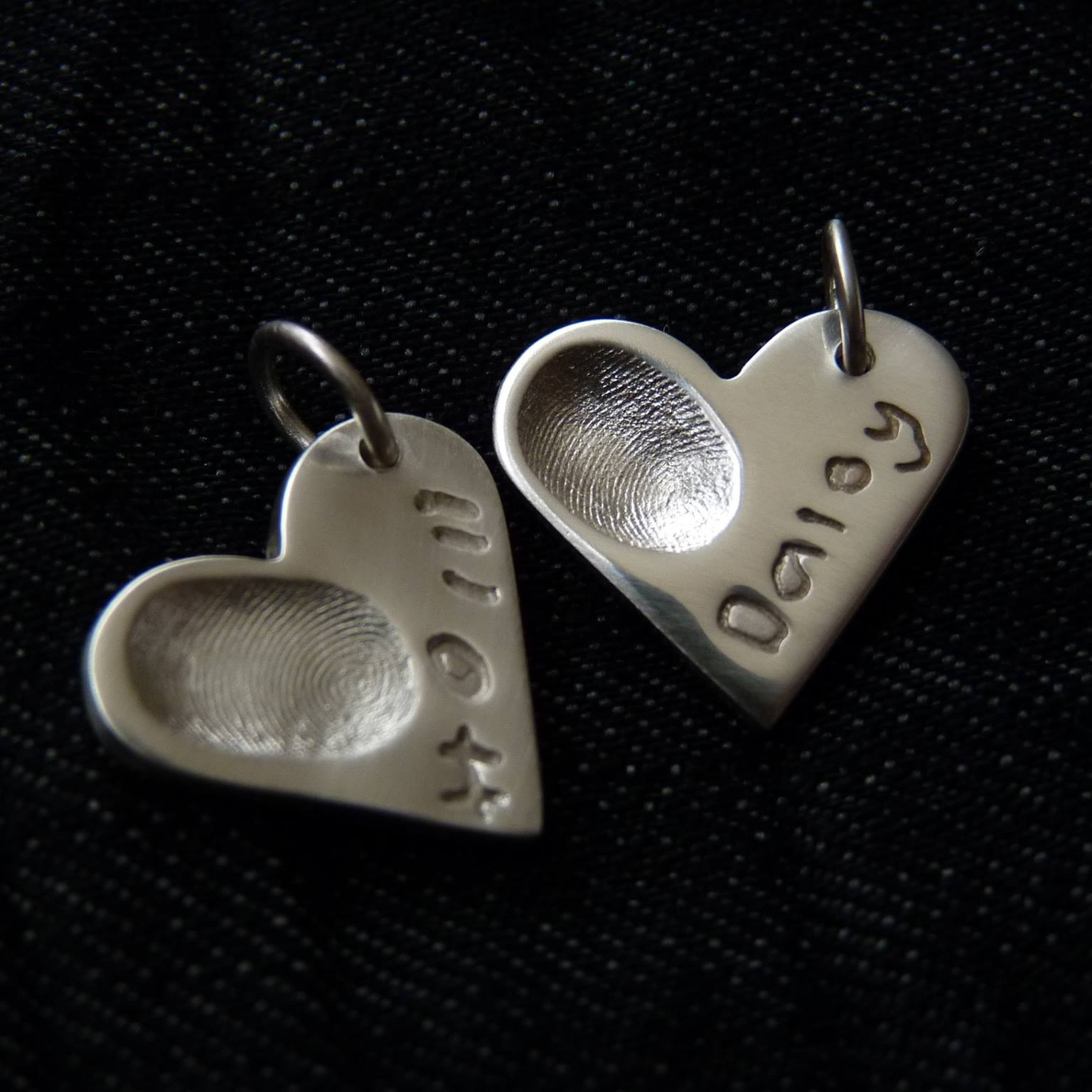 personalised silver charm with child's finger print and name inscribed